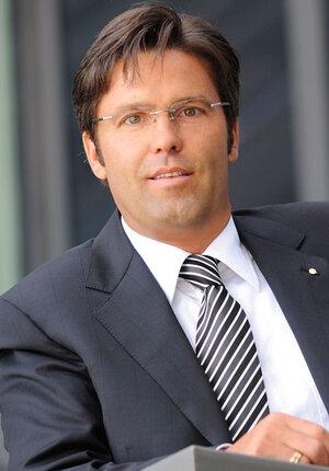 CEO Frank M. Scheelen